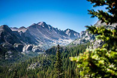colorado mountain and tree view